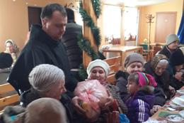 Різдвяні святкування для убогих в парафії святого Антонія у Львові