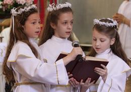 Перше Причастя в парафії св. Антонія у Львові