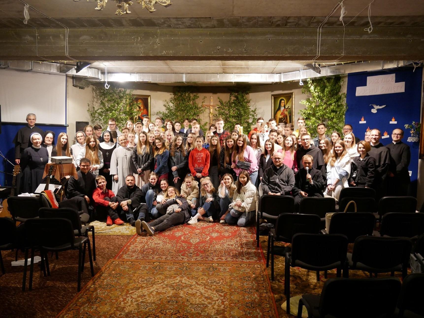 Зустріч молоді львівського деканату